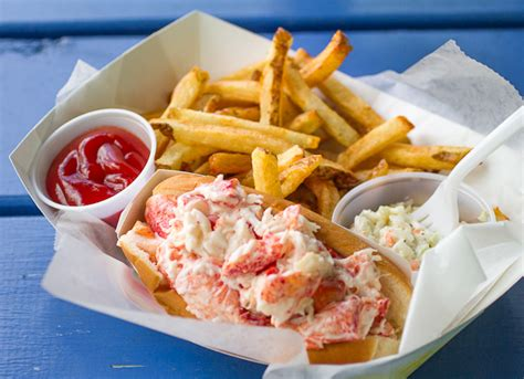 recipe lobster roll classic lobster roll food foto