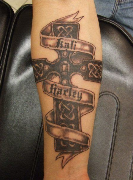 tattoos of crosses with banners cross designs with names custom tattoos made to
