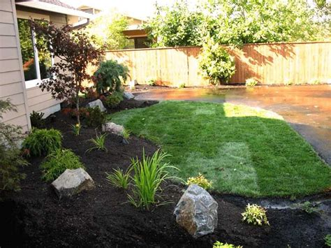 easy backyard landscaping easy landscaping ideas for front yard landscape photos design ideas boulder falls
