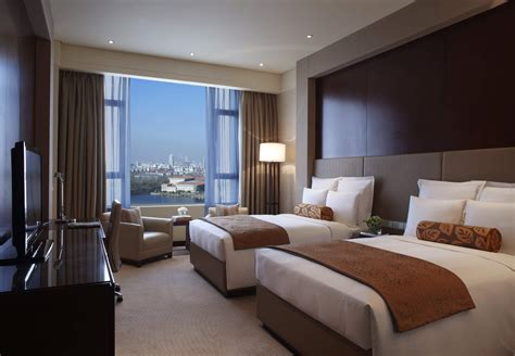 What Is A Guest Room In A Hotel by Deluxe Guest Room Renaissance Tianjin Lakeview