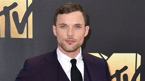 Pulls Out Of Country Awards by Ed Skrein Pulls Out Of Hellboy After Whitewashing