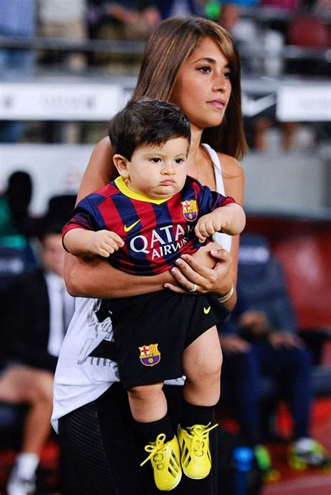 messi and wife football 9 5 rolling news service for september 25 big