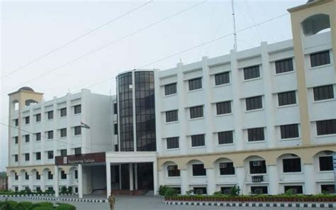 Mba Colleges In Ghaziabad With Fee Structure by Santosh College Mbbs Admissions 2018 Fees Structure