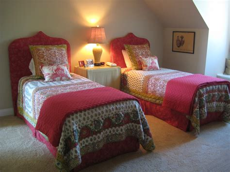 domestications comforters twin bedrooms and how to arrange and decorate them