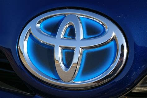 Auto Logo Wallpaper by Toyota Logo Wallpapers Wallpaper Cave