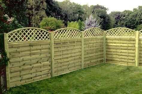 devis cloture jardin acheter palissade en bois types de bois prix et dur 233 e de vie