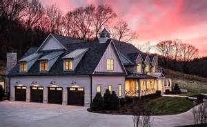 modern farmhouse style  build  brentwood tennessee