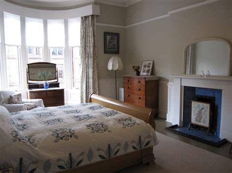 bedroom design glasgow bedroom with knigsize bed queensgate apartments glasgow