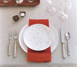 simple place setting for an eye catching place setting rest a bold colored