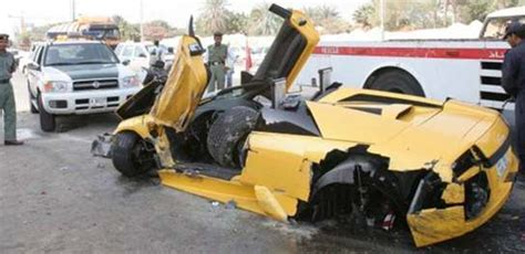 Yellow Lamborghini Crash Yellow Lamborghini Is A Total Wreck After Crash With A