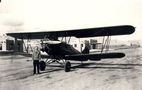 the travel air e 4000 nc692k page of the peterson field register web site