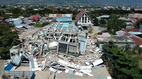 tsunami palu indonesien tsunami trifft palu indonesien bittet um