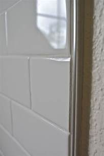 bathroom tile trim ideas 1000 images about shluter trim on glass