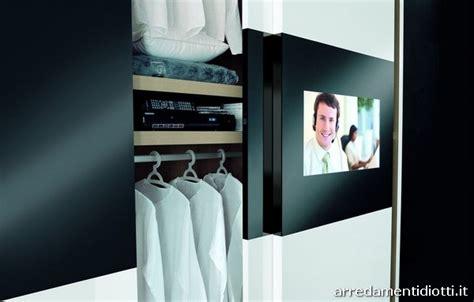 armadio con spazio tv armadi con vano tv scorrevole o battente diotti a f