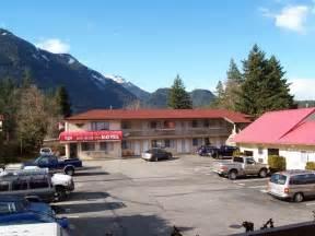 motor inn bc book roof motor inn in hotels