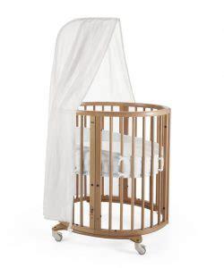 mini culle per neonati meglio la o i lettini per neonati 18 spunti di