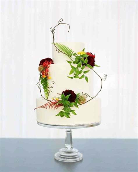 Flowers For Wedding Cakes by 62 Fresh Floral Wedding Cakes Martha Stewart Weddings