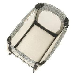 Graco Travel Lite Crib Sheet by Graco Pack N Play Travel Lite Mini Portable Crib