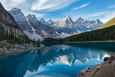 valley   ten peaks canada unique places