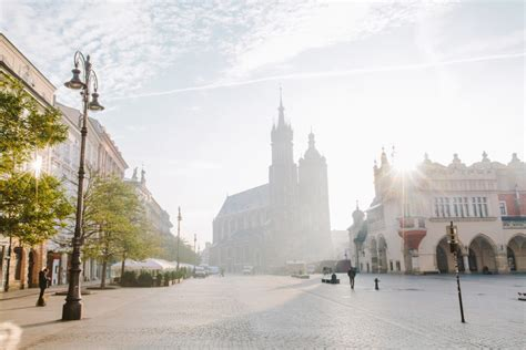 travel guide  krakow poland living   language