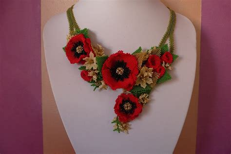 fiori con perline schemi gratis papavero tutorial tecnica tessitura di perline libri