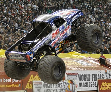 monster truck show video 1000 images about monster trucks on pinterest monster