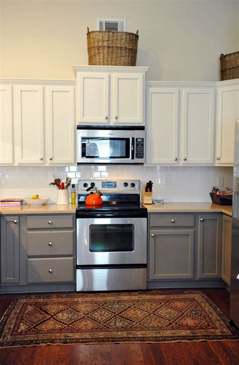 two tone painted kitchen cabinets wedded whittaker kitchen cabinets