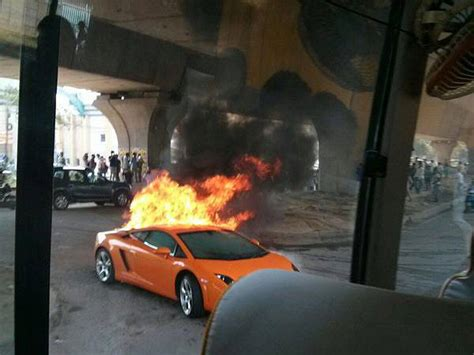 Lamborghini Owners In Delhi Delhi Lamborghini Gallardo Goes Up In Flames Drivespark