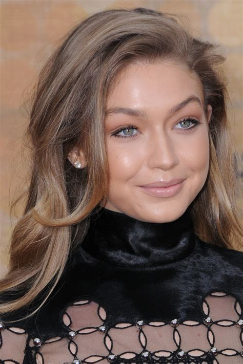 gigi hadid lip injections bella hadid lip injections hairstylegalleries com