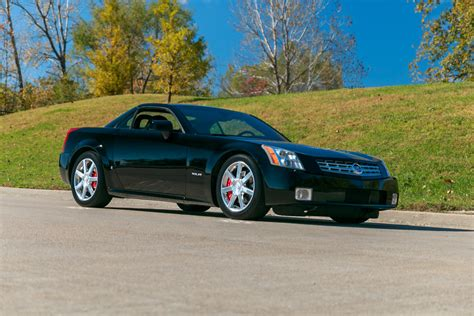 free car manuals to download 2006 cadillac xlr navigation system 2006 cadillac xlr fast lane classic cars