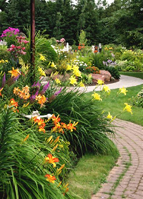 flower garden with butterflies butterfly garden articles on creating butterfly gardens
