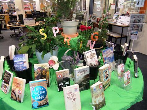 library displays spring