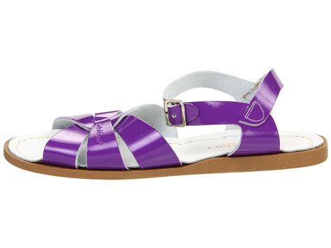 Sandal Gunung Original Dafila 3 salt water sandal by hoy shoes the original sandal big