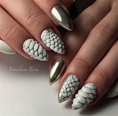 patterned fake nails make life easier beautiful summer nail art designs to try