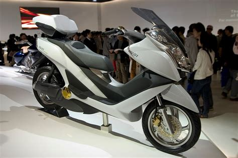 Sekuter Listrik Murah sepeda motor listrik indonesia