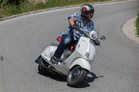 125er Motorrad Alle Modelle by Vespa 125 1000ps Erkl 228 Rt Alle Modelle