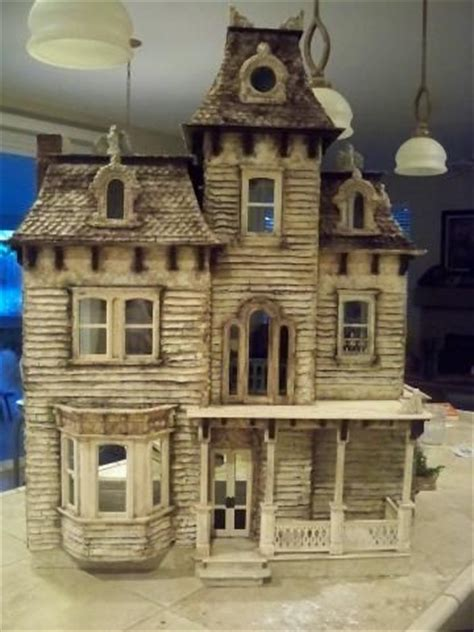 dollhouse i m just a 114 best haunted miniature houses images on