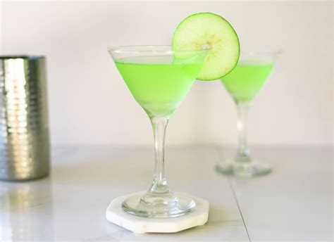 apple martini bar apple martinis 3 delicious recipes to explore
