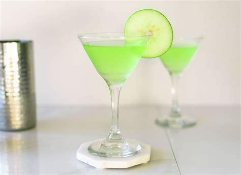 apple martini bar apple martinis 3 delicious recipes to explore