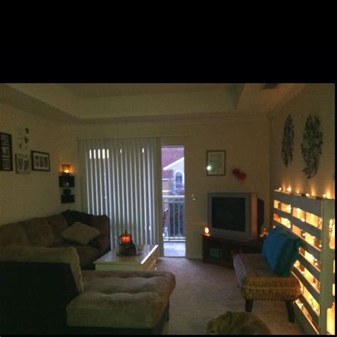 college living room college apartment livingroom pallet lights i love the