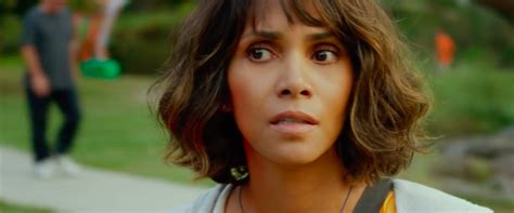 kidnap starring halle berry movie new auditions for 2015 kidnap trailer halle berry chases down her son s abductor
