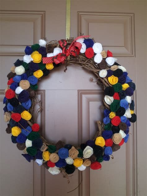 felt ribbon pattern felt rosette wreath humm need to find some thick wire