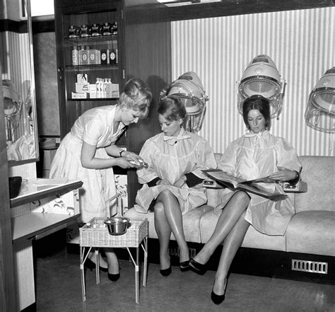 old fashinoned hairdressers and there salon potos life in the barber s shop and salon british hairdressing