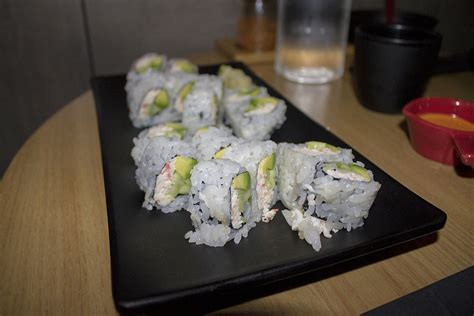 Pembungkus Sushi Roll And Free Spoon Limited what to eat at sakanaya in chaign