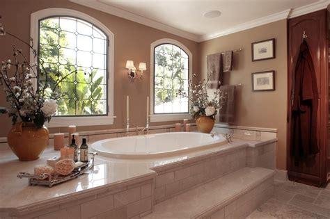 Decorating Bathroom Windows by Amazing Leaded Glass Windows Decorating Ideas