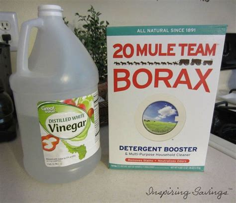 How To Clean Kitchen Cabinets Naturally by Best 25 Clean Cabinets Ideas On Pinterest Cleaning