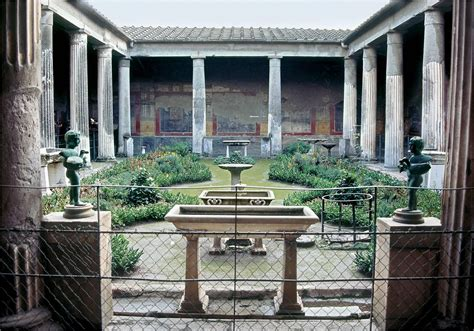 roman house domus with atrium and peristyle design 509 27 bce republic art ancient to medieval art