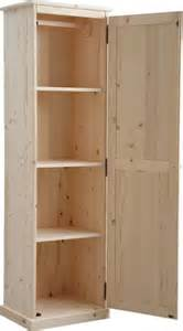 armoire en bois brut