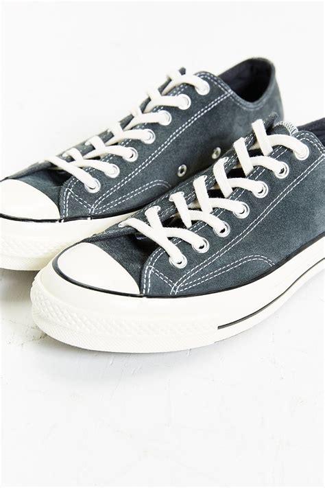 Sepatu Converse All Start Low Grey lyst converse chuck all 70 low top sneaker