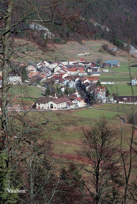 Tas Villarie forme des territoires communaux et structure du b 226 ti dans les cantons de vaud et de neuch 226 tel